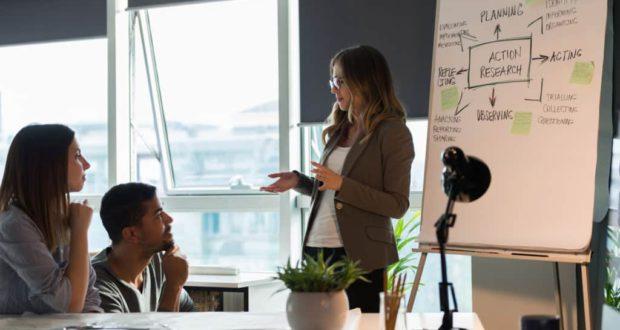 Gestión de la negatividad en un equipo: Superar un ambiente pesimista